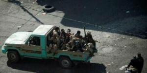 """قتل بظروف غامضة.. الحوثيون ينقلون جثة قيادي عليها آثار التعذيب من """"ذمار"""" إلى """"صنعاء"""""""