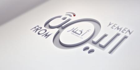 قوة من الحزام تتولى حماية مبنى للسلطة المحلية في عدن