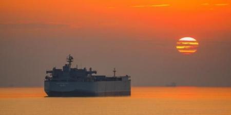 """حقيقة تعرض ناقلة نفط إيرانية لهجوم قبالة السواحل اليمنية غداة تحذير """"التحالف"""""""