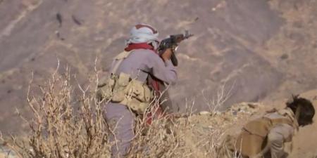 انتصارات مفاجئة للجيش والمقاومة وهجوم عكسي يعيد المعارك إلى مديرية ''حريب'' جنوب مارب