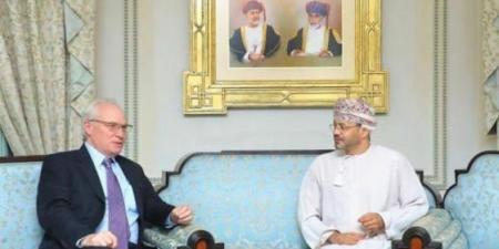 تحرك أمريكي عماني مشترك بشأن اليمن.. تزامنًا مع التصعيد الحوثي في مارب