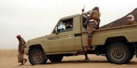 المجلس الانتقالي يتهم مسؤول في الشرعية بالخيانة وتسليم ثلاث مديريات للحوثيين