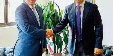 """سفير اليمن في بيروت يسلم الخارجية اللبنانية رسالة احتجاج واستنكار حول تصريحات """"قرداحي"""""""