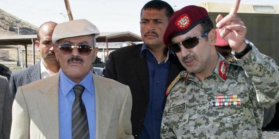 سيلقى مصير صالح.. مقرب من الانتقالي الجنوبي يتوقع نهاية مأساوية للمؤتمر