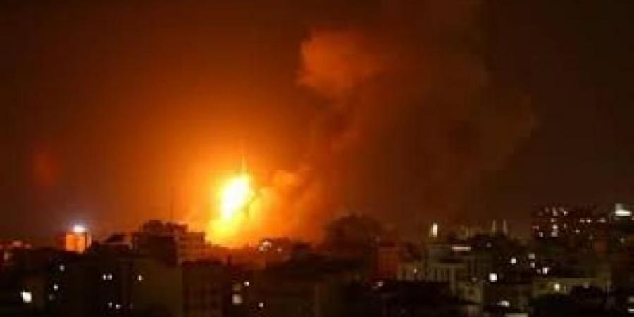 ليل جبهات مأرب الغربية يتحول إلى نهار وغارات الطيران تحرق كل شيء
