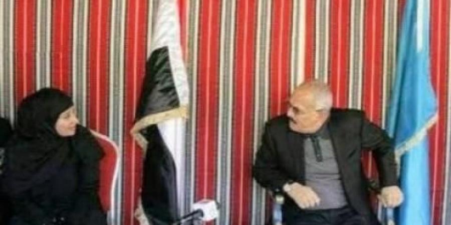 """مقربة من الرئيس الراحل """"صالح"""" تحذر مما سيحدث حال سقوط مأرب بيد الحوثيين"""