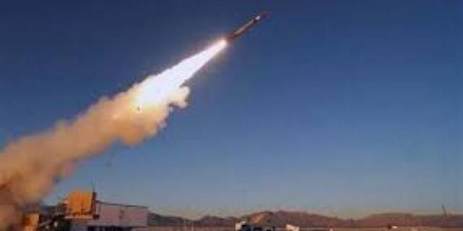 الكشف عن مكان منصة إطلاق الصواريخ الحوثية التي استهدفت السعودية.. وحصول المليشيات على أسلحة نوعية