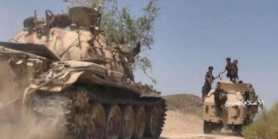 """مليشيا الحوثي تعلن مقتل """"لواء"""" في جبهة مأرب"""