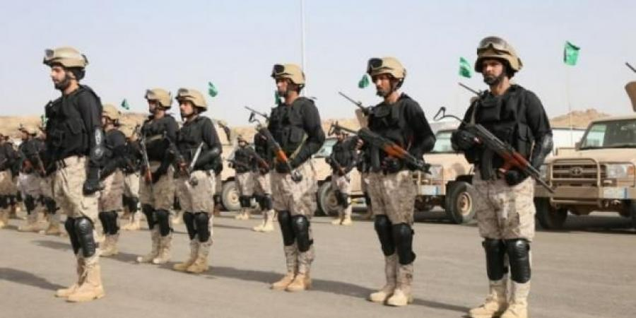 """بعد الهجمات التي استهدفت المملكة.. اللواء السعودي """"الحربي"""" يعلن الحل الأوحد للرد على الحوثيين"""