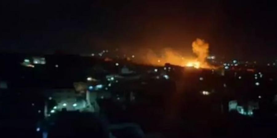 شاهد أول فيديو لأعنف قصف يشنه التحالف العربي على مواقع الحوثيين في تعز