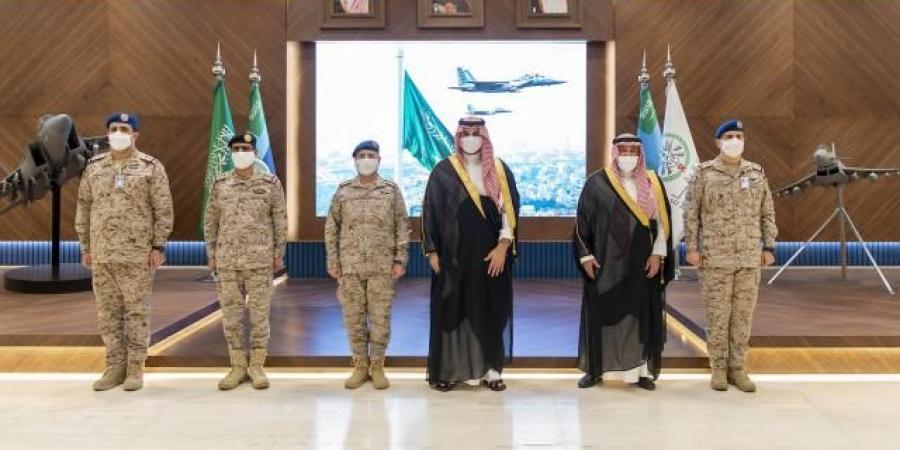"""تزامنا مع تصعيد الحوثي ... بن سلمان يعلن """"جاهزية قتالية عالية"""" للقوات الجوية الملكية السعودية"""
