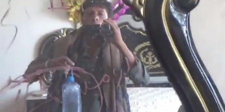 بالفيديو : شاهد ميليشيا الحوثي تنشر تصويرا من داخل غرف نوم خصومها في مأرب