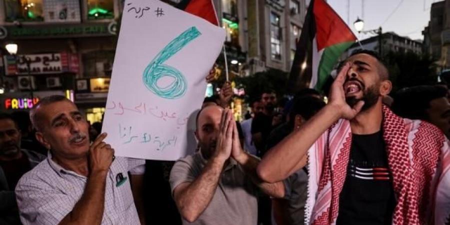 نصرة للأسرى في السجون الإسرائيلية...مسيرات حاشدة في فلسطين