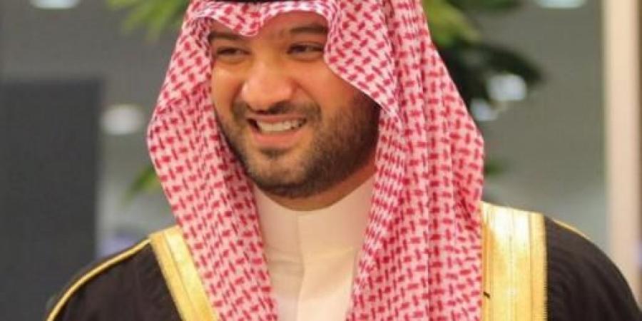 أمير سعودي: لو كان هذا الرجل بدولة عربية لأعلنت أمريكا الحرب عليها .. بطلوا حركات هوليود