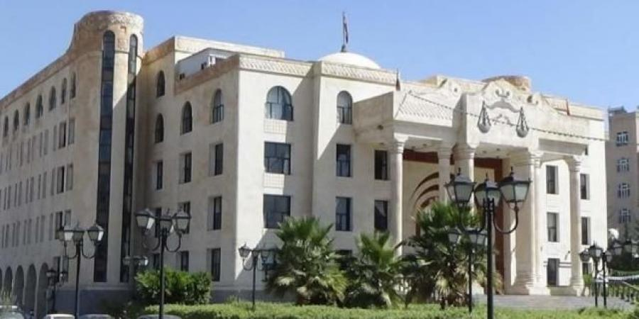 مليشيا الحوثي تعلن بدء محاكمة 25 شخصًا يمارسون ''الدعارة'' فيما بينهم بصنعاء