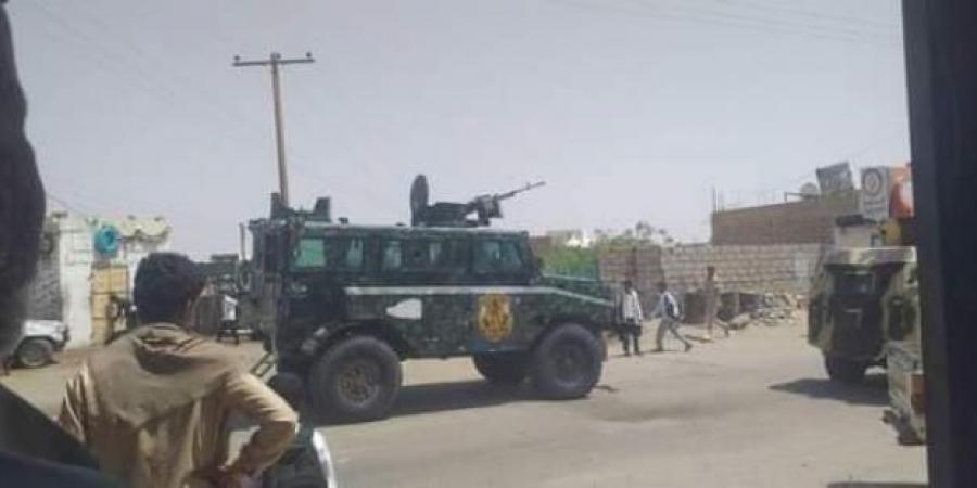 أسوشيتد برس: الجيش اليمني يستعيد السيطرة على جميع المناطق التي سيطر عليها الحوثيين في شبوة