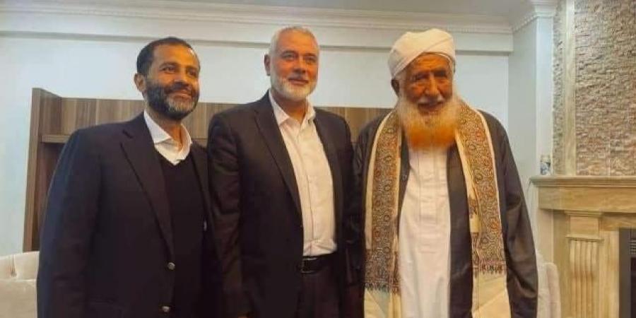 """مسؤول حكومي يمني: مندوب """"سليماني"""" في شقة """"الزنداني"""""""