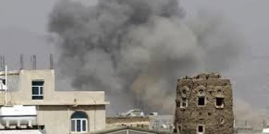انفجارات عنيفة تهز مدينة مارب.. ومصادر تكشف الأسباب