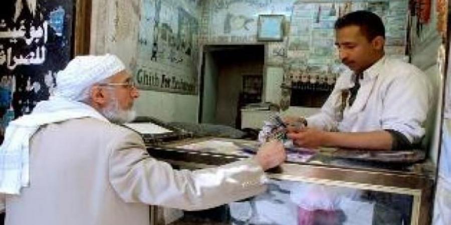 تحديد تسعيرة منخفضة للدولار والريال السعودي وإعادة فتح محلات الصرافة في مارب
