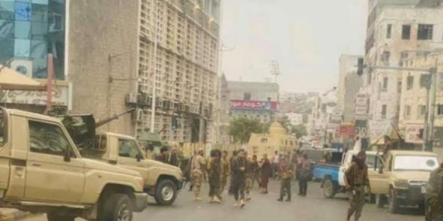 مصدر يمني: دورات العنف في عدن لن تتوقفويكشف عن السبب.!