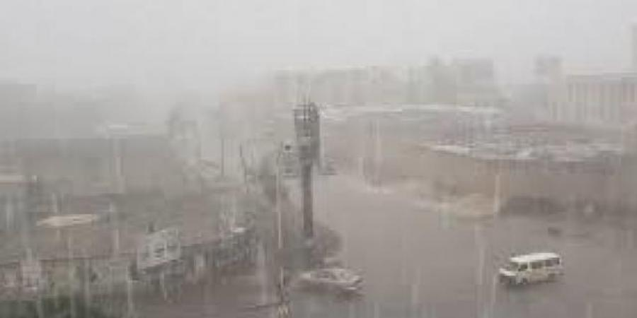 تحذيرات عاجلة من عواصف رعدية وأمطار غزيرة في ذمار و7 محافظات آخرى خلال الساعات القادمة