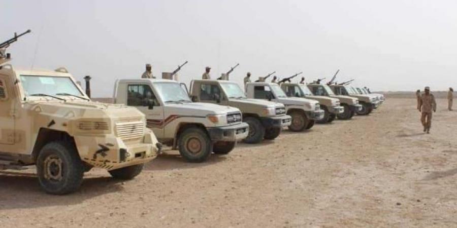الجيش ينفذ هجوما واسعا ضد الحوثيين على امتداد جبهات المنطقة العسكرية السادسة.. وقائد المنطقة يكشف النتائج