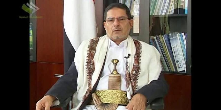 أمام مجلس النواب.. الحوثي يخرج عن صمته ويكشف هوية الحاكم الفعلي لصنعاء