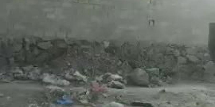 شاهد بالفيديو.. حرائق هائلة بجامعة أرحب شمال صنعاء .. والنيران تلتهم المحلات التجارية.. والمليشيات تختطف عددًا من المواطنين