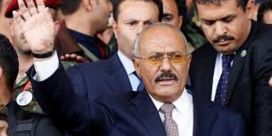 """تصفية ستون ضابطاَ يمنياً.. الكشف عن سبب جديد لانتكاسة انتفاضة الرئيس السابق """"صالح"""" ضد الحوثيين"""