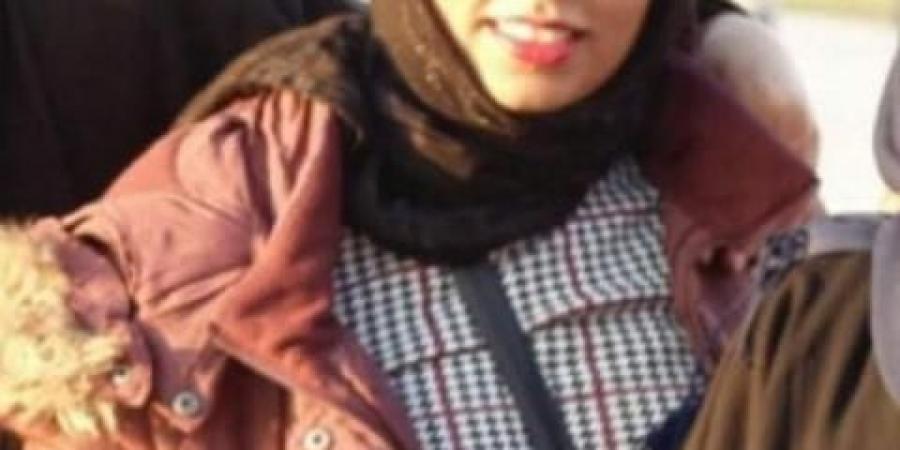 صحفية يمنية تفوز بجائزة دولية