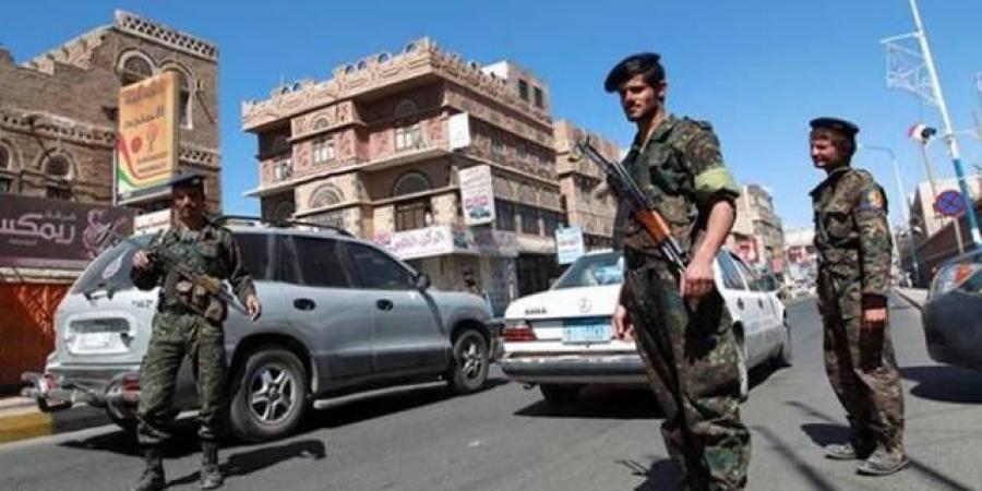فرض حالة طوارئ في صنعاء واجتماع هام لقيادات الصف الأول في الميليشيا الحوثية