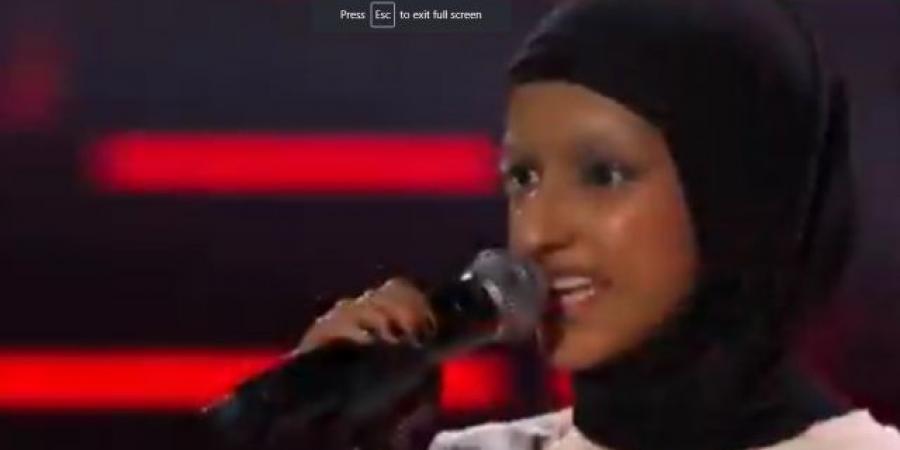 شاهد بالفيديو... مخلوقة سحرية من اليمن تتأهل لنهائيات المواهب في السويد