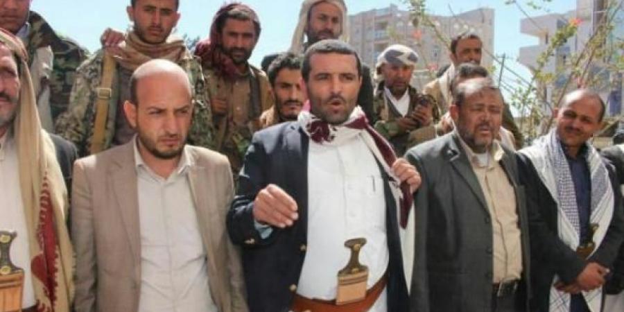 مشرف حوثي في ذمار يستغيث بالمواطنين في البيضاء ويكشف ماذا حدث في العبدية خلال الساعات الماضية